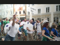 Die QUEERTREIBER-Elfen in Bad Tölz in Aktion